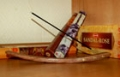 Благовония палочки <p>Благовония палочки делаются на тонкой бамбуковой основе, удобны в использовании, представлены в большом ассортименте. </p>